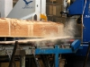 La segagione dei tronchi per ottenere tavole da essiccare